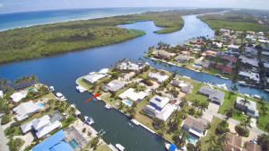 To the South intracoastal view. Home is 2nd in from intracoastal.