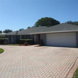 8101 W Lake Drive, Lake Clarke Shores, FL 33406