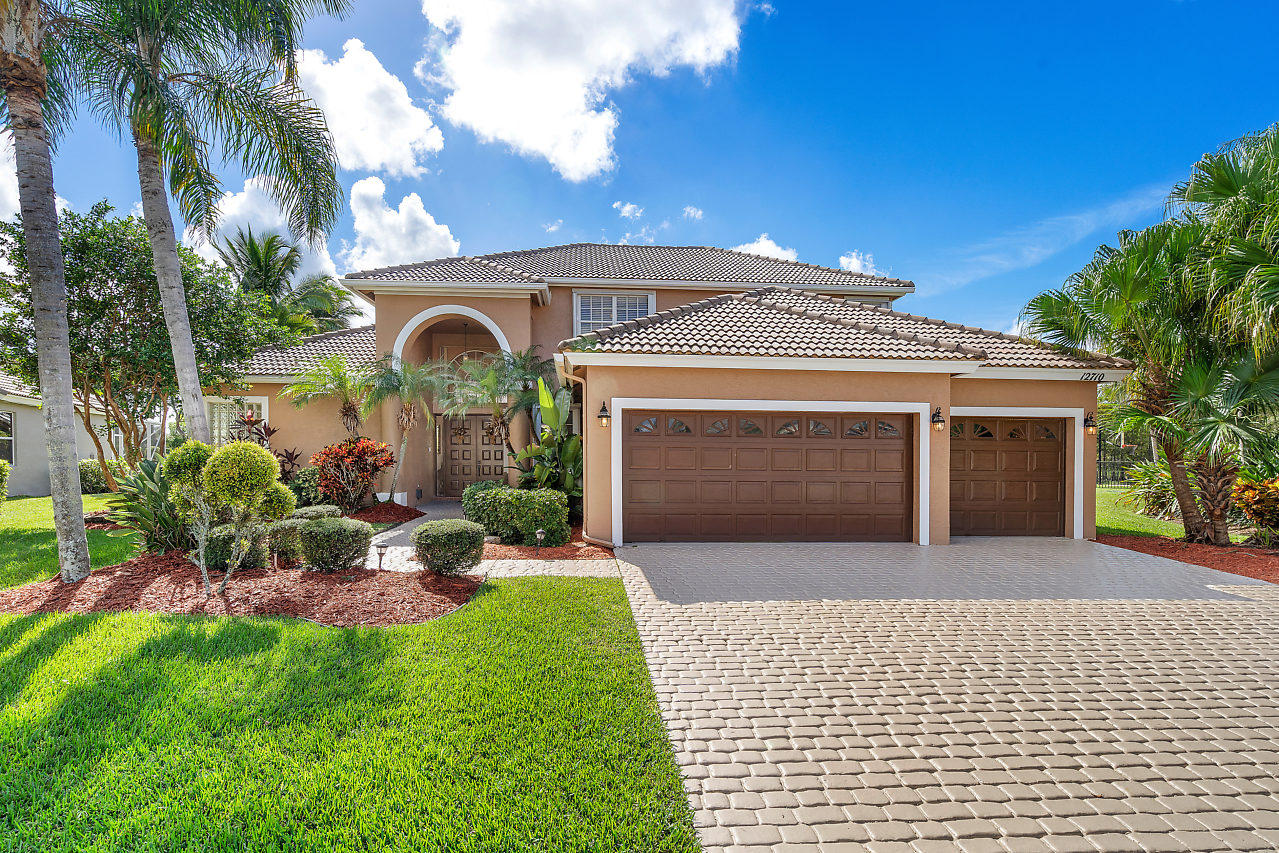 BEAUTIFUL HOME W/COMPLETE PRIVACY,OVERSIZED LAKEFRONT 1/3 ACRE  CULDESAC LOT, CUSTOM BLT POOL W/ WATERFALL ON LAKE & NATURAL PRESERVE,BY FAR HAS ONE OF THE MOST EXQUISITE LOCATIONS IN BOCA FALLS,SUPER 5BD/3.5BA/3CG SOUTHERN EXPOSURE,LARGE FENCED POOL AREA,NEW POOL SURFACE 2018,HUGE YARD,HIGH CEILINGS,, FULL ACCOR+PANEL HURR SHUT, UPGRADED KITCHEN STAINLESS STEEL APPLI,GRANITE COUNTERS &TUMBLE MARBLE BACKS & BRKFAST RM OVERLOOK POOL,MASTER BDRM DOWN W/TRAY CEILING & 2 WALK-IN CLOSETS, FRENCH DOORS TO POOL,WINDOW AND DOOR MOLDINGS,2ND BEDROOM DOWN WITH FULL BATH,3 BDRMS UP + LOFT/HOBBY AREA,BOCA FALLS HAS 2 MANNED GATES W/WATER FALLS, SECURITY PATROL,REMODELED CLUBHOUSE&FITNESS CTR,&HEATED POOL,6 LIT TENNIS & 1FULL BASKETBALL CT,CABLE W/6 HBO/INTERNET INCL,BEST SCHOOLS,WALK TO WATERS EDGE EL