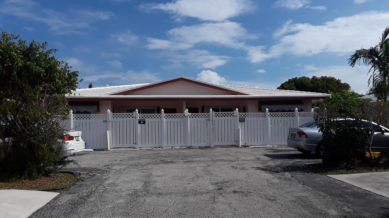 212 4th Avenue, Boca Raton, Florida 33432, 2 Bedrooms Bedrooms, ,2 BathroomsBathrooms,Duplex/Triplex/Quadplex,For Rent,Beulah Heights,4th,212,RX-10454075