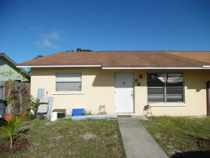 8685 SE Sandy Lane, Hobe Sound, FL 33455