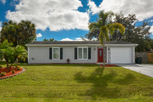 574 SW Prado Avenue, Port Saint Lucie, FL 34953