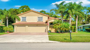 225 Park Road N, Royal Palm Beach, FL 33411