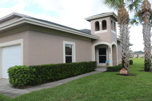 1882 Sandhill Crane Drive, Fort Pierce, FL 34982