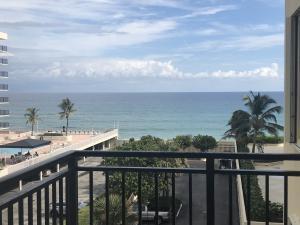 3475 S Ocean Boulevard, 415, Palm Beach, FL 33480