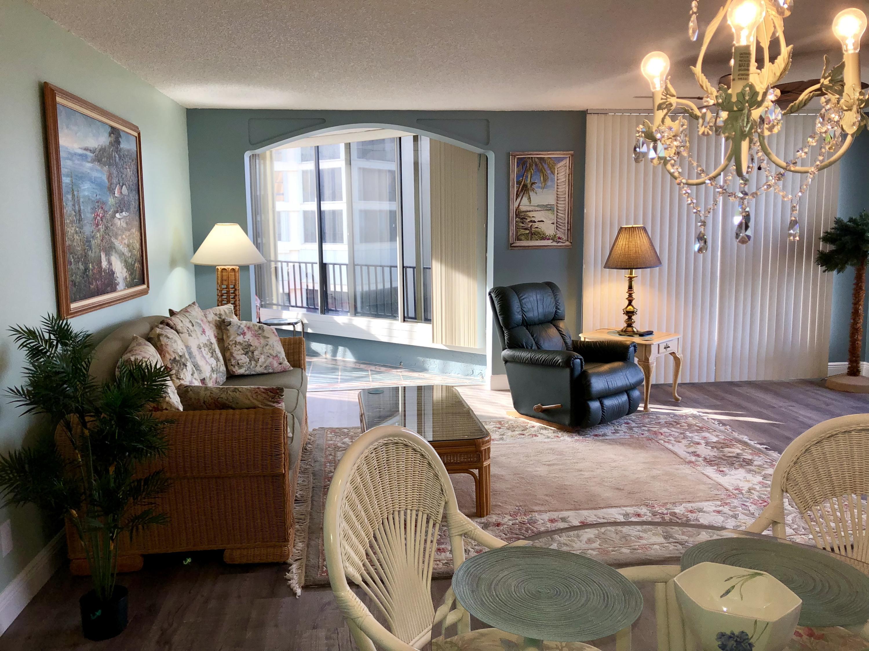 2400 Ocean Drive, Fort Pierce, Florida 34949, 2 Bedrooms Bedrooms, ,2 BathroomsBathrooms,Condo/Coop,For Rent,SEASCAPE I CONDOMINIUM,Ocean,6,RX-10482602