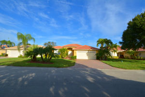 541 NW Waverly Circle, Port Saint Lucie, FL 34983