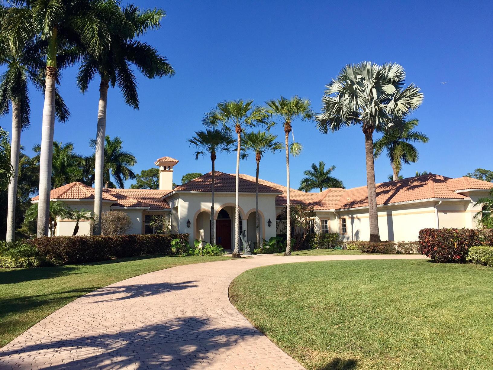 645 Atlantis Estates Way, Atlantis, Florida 33462, 4 Bedrooms Bedrooms, ,4.1 BathroomsBathrooms,Single Family,For Sale,Atlantis Estates,RX-10486000