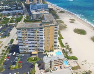 Property for sale at 1012 N Ocean Boulevard Unit: 506, Pompano Beach,  Florida 33062