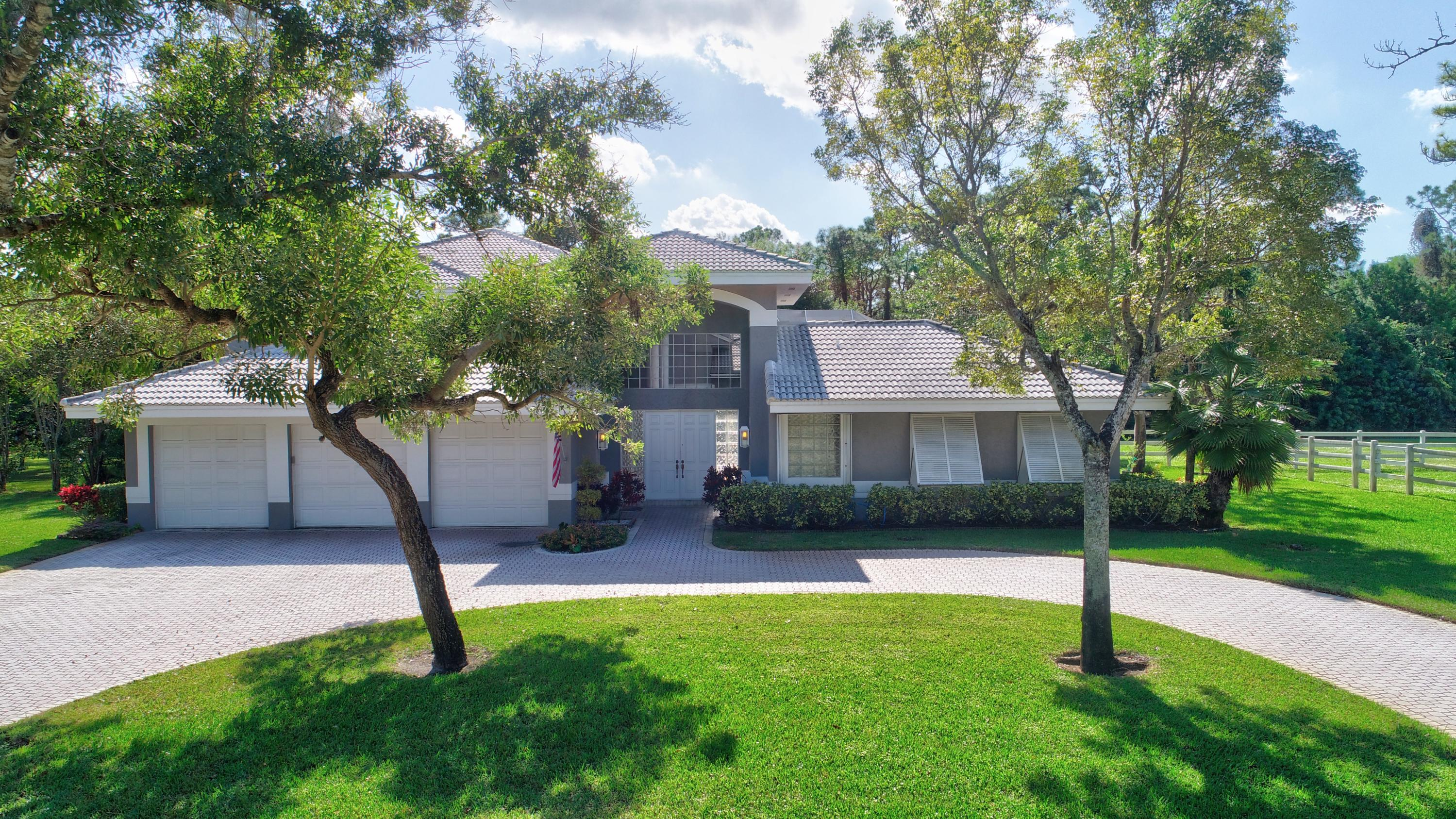 6690 NW 67th Place