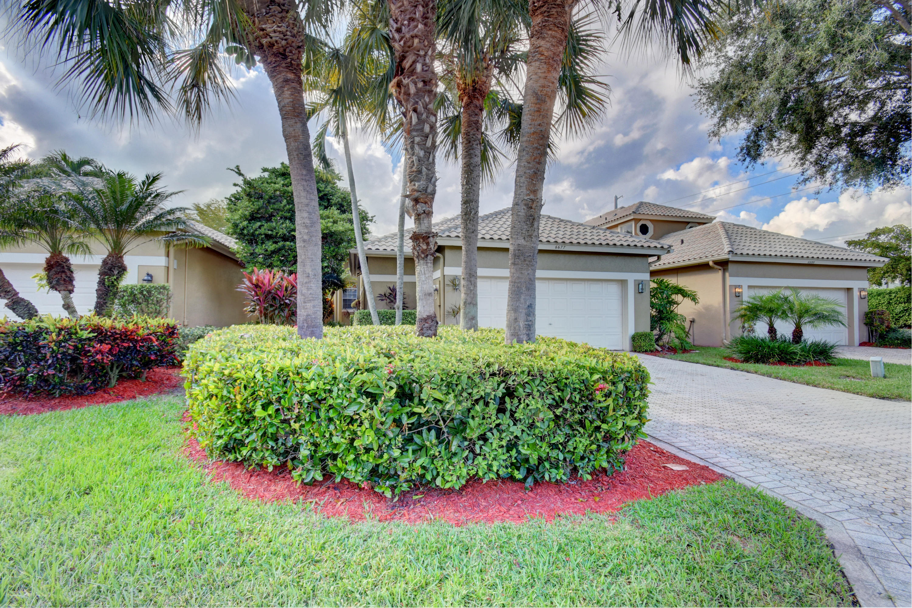 6677 NW 25th Court Boca Raton, FL 33496 RX-10483475
