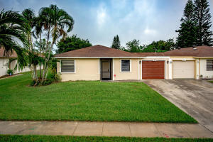 1600 Granfern Avenue, West Palm Beach, FL 33415