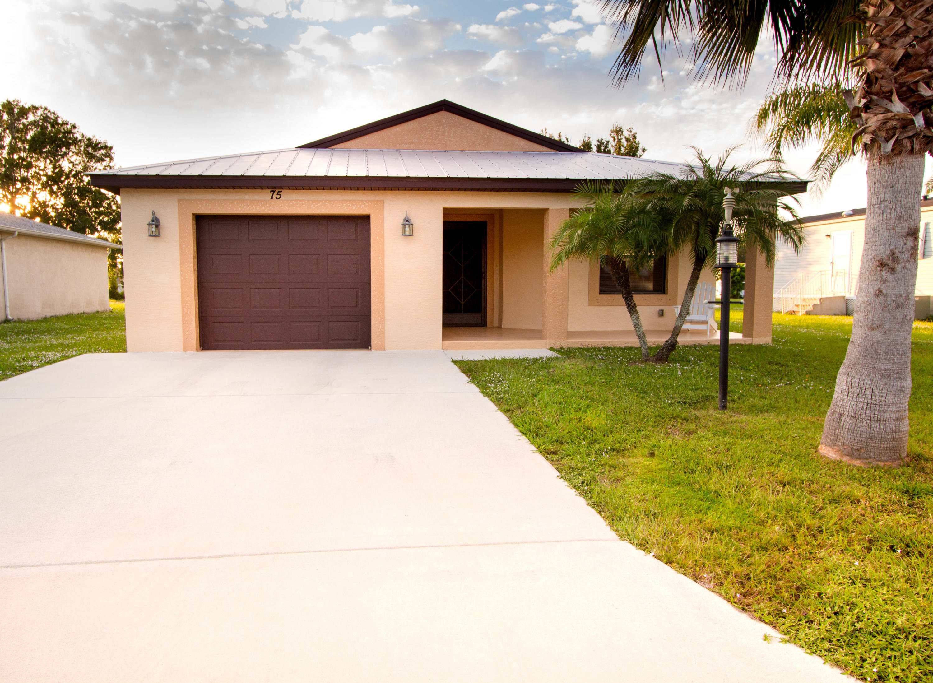 75 Golf Drive, Port Saint Lucie, Florida 34952, 2 Bedrooms Bedrooms, ,2 BathroomsBathrooms,Single Family,For Sale,Golf,RX-10483268