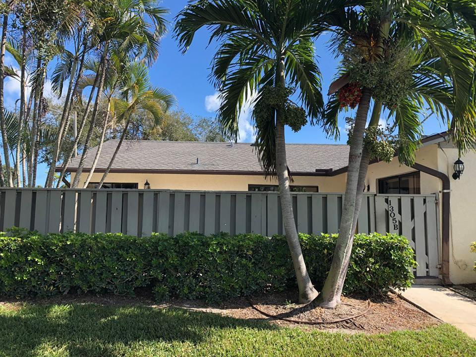 1305 Peppertree Trail, Fort Pierce, Florida 34950, 2 Bedrooms Bedrooms, ,2 BathroomsBathrooms,Condo/Coop,For Sale,Peppertree,1,RX-10483739