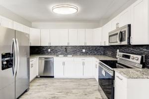 Your entirly renovated kitchen with all new appliances