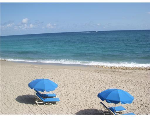 4600 Ocean Drive, Singer Island, Florida 33404, 3 Bedrooms Bedrooms, ,2.1 BathroomsBathrooms,Condo/Coop,For Sale,Beach Front at Singer Island,Ocean,404,RX-10484997