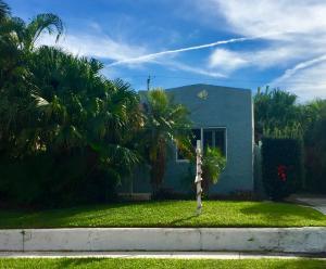 818 Kanuga Drive, West Palm Beach, FL 33401