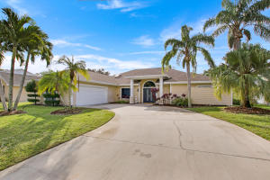 10840 SE Seminole Terrace, Tequesta, FL 33469