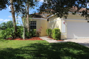 708 NW Stanford Lane, Port Saint Lucie, FL 34983
