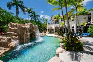 3682 Princeton Place, Boca Raton, FL 33496