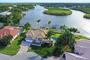 8594 SE Water Oak Place, Tequesta, FL 33469