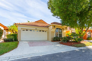 2092 Bonisle Circle, Palm Beach Gardens, FL 33418