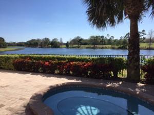 354 Vizcaya Drive, Palm Beach Gardens, FL 33418