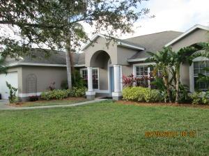 2813 S Serenity Circle, Fort Pierce, FL 34981