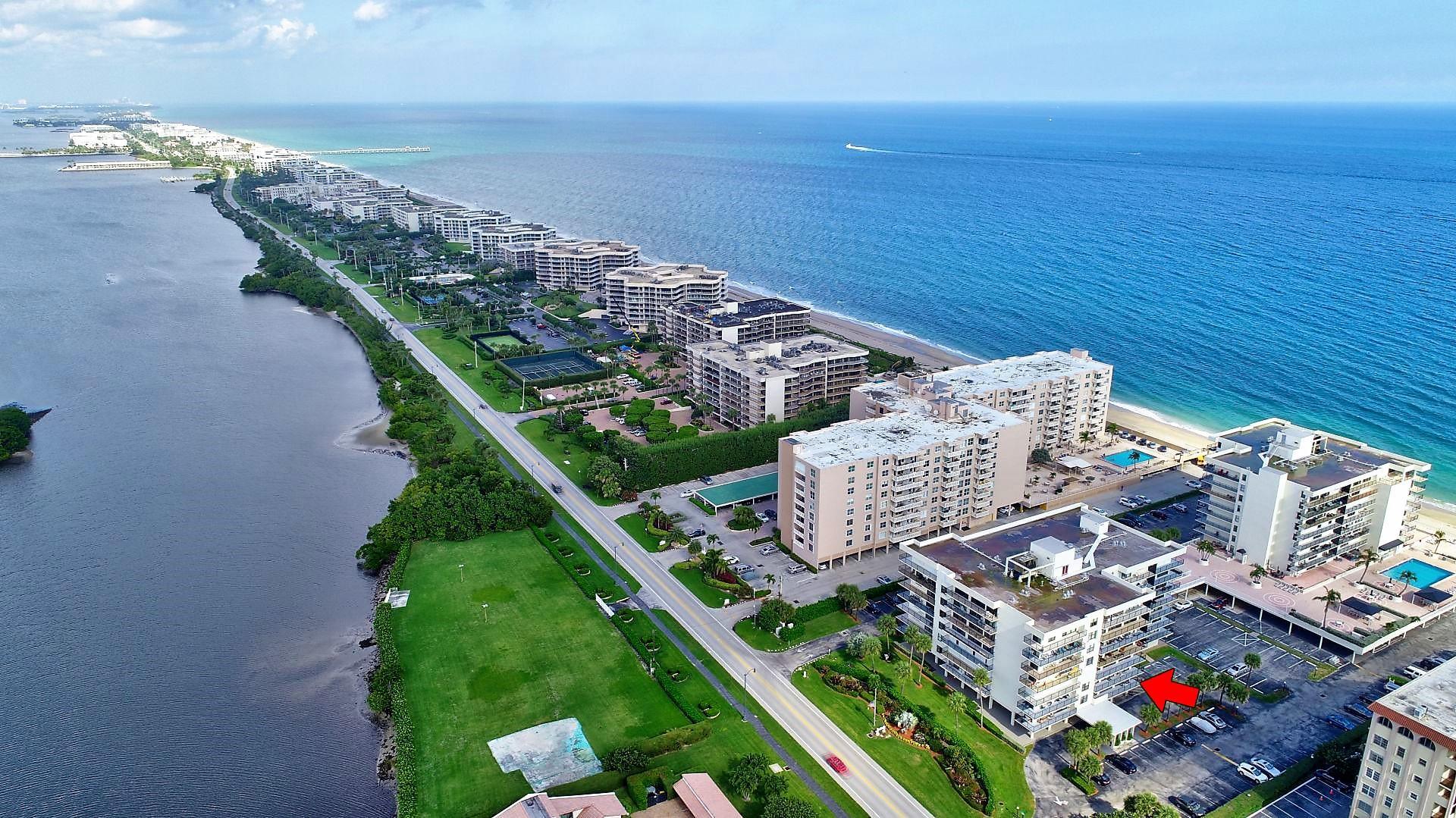 3460 Ocean Boulevard, Palm Beach, Florida 33480, 2 Bedrooms Bedrooms, ,2 BathroomsBathrooms,Condo/Coop,For Sale,Claridges II,Ocean,1,RX-10485823