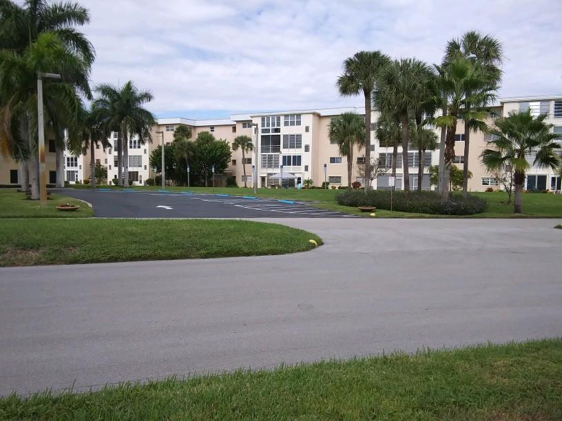 2520 1st Court, Boynton Beach, Florida 33435, 2 Bedrooms Bedrooms, ,2 BathroomsBathrooms,Condo/Coop,For Sale,Village Royale,1st,4,RX-10486092