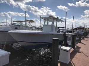 127 Yacht Club Way, 105, Hypoluxo, FL 33462