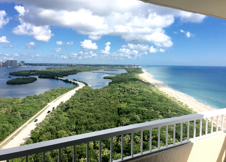 5550 Ocean Drive, Singer Island, Florida 33404, 2 Bedrooms Bedrooms, ,2 BathroomsBathrooms,Condo/Coop,For Rent,Ocean,20,RX-10486366