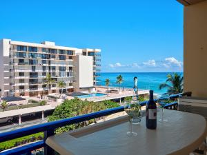 3475 S Ocean Boulevard, 412, Palm Beach, FL 33480