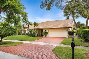 282 Woodlake Circle, Deerfield Beach, FL 33442