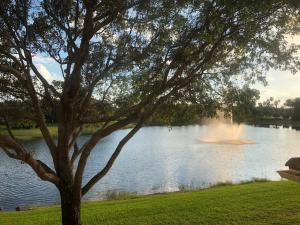 2814 Grande Parkway, 204, Palm Beach Gardens, FL 33410