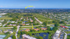 Close to the Beach and Downtown Delray!