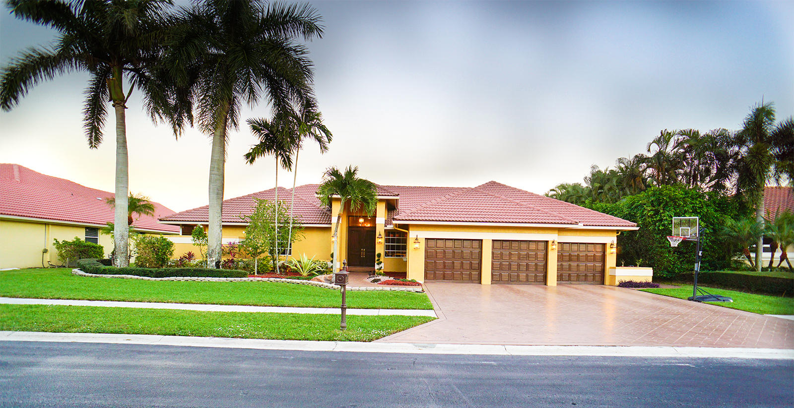 6606 Newport Lake Circle Boca Raton, FL 33496