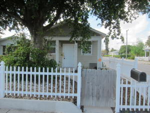 401 S E Street, Lake Worth, FL 33460