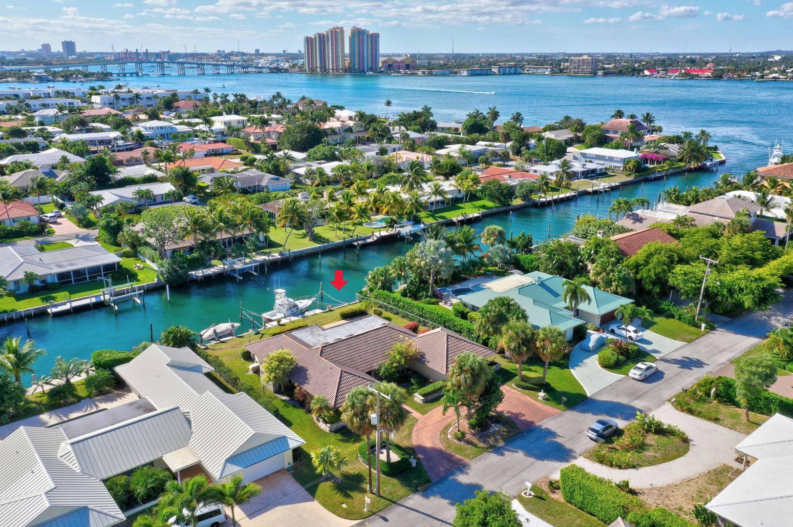 Aerial  Photo house and Canal
