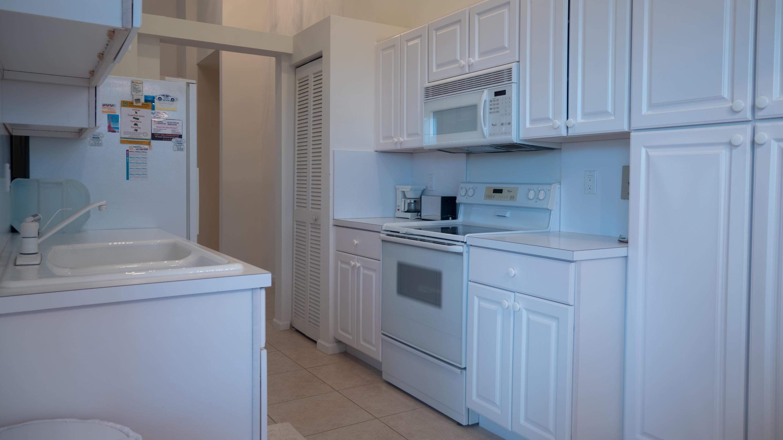 6592 Villa Sonrisa Drive #1023 Boca Raton, FL 33433