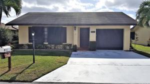 6310 Tall Cypress Circle, Greenacres, FL 33463