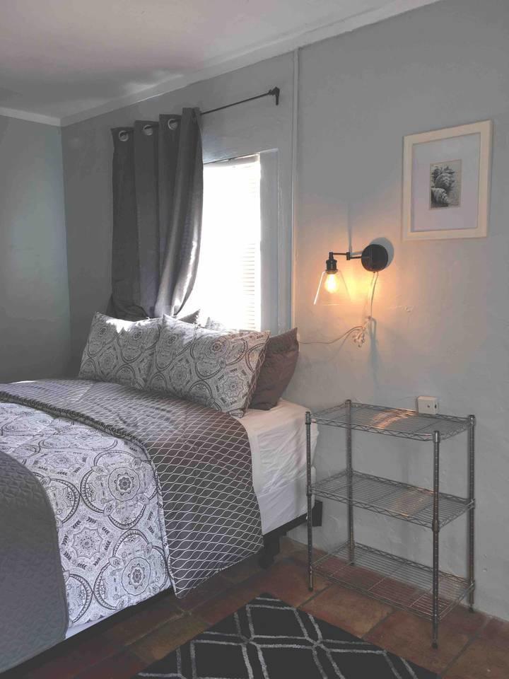 517 Kanuga Drive, West Palm Beach, Florida 33401, ,1 BathroomBathrooms,Efficiency,For Rent,Kanuga,1,RX-10487163