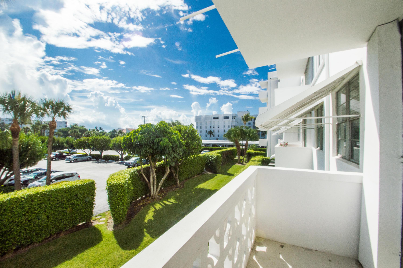 2840 Ocean Boulevard, Palm Beach, Florida 33480, 1 Bedroom Bedrooms, ,2 BathroomsBathrooms,Condo/Coop,For Sale,ROYAL SAXON INC,Ocean,2,RX-10487121
