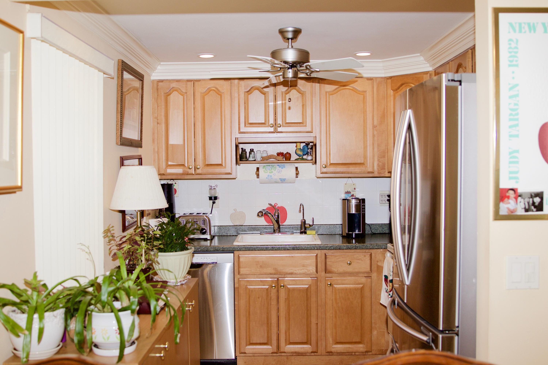 542 Burgundy L, Delray Beach, Florida 33484, 2 Bedrooms Bedrooms, ,2 BathroomsBathrooms,Condo/Coop,For Sale,Burgundy L,1,RX-10487133
