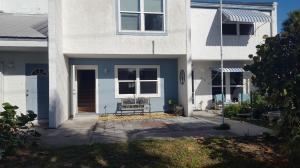 916 Shorewinds Drive, B, Hutchinson Island, FL 34949