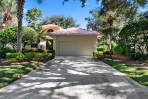 106 Toteka Circle, Jupiter, FL 33458