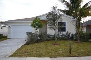 95 18th Avenue S, Lake Worth, FL 33460