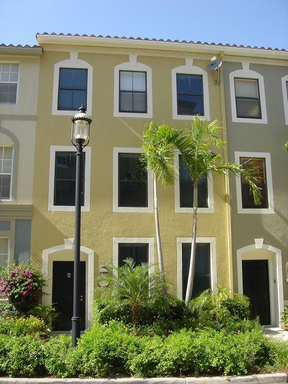 675 Hibiscus Street, West Palm Beach, Florida 33401, 3 Bedrooms Bedrooms, ,2.1 BathroomsBathrooms,Townhouse,For Sale,Hibiscus,RX-10499276