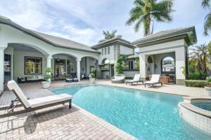 5804 Windsor Court, Boca Raton, FL 33496