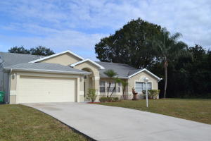 259 SW North Quick Circle, Port Saint Lucie, FL 34953